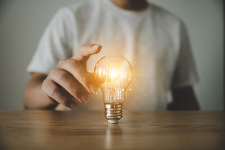 The invention of the light bulb resulted from learning from mistakes